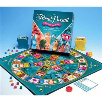 hasbro trivial pursuit famille jeu de culture g n rale. Black Bedroom Furniture Sets. Home Design Ideas