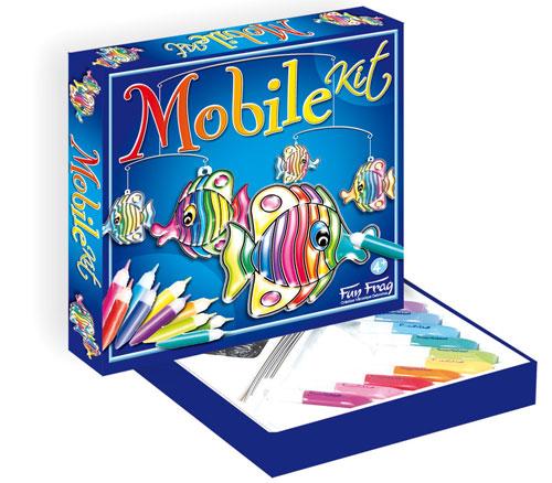 L´enfant réalisera, grâce à ce kit, des éléments en vitrail en injectant les couleurs de son choix dans les éléments décoratifs sertis.