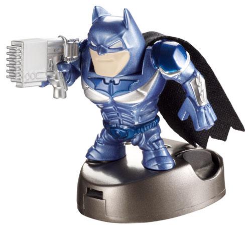 APPTIVITYT BATMANT : Découvre de nouvelles façons de jouer avec ton Ipad grâce à Batman ! Gotham City est plus réel que jamais: déplace ton héros à travers les rues de la ville et accomplis d´incroyables missions !