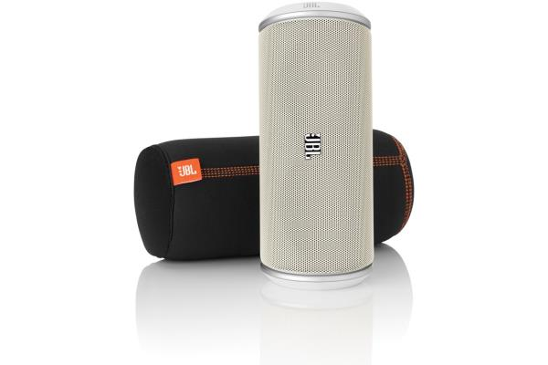 jbl flip une mini enceinte qui a du c ur conseils d. Black Bedroom Furniture Sets. Home Design Ideas