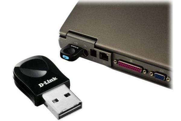 Cle USB Wifi D link DWA  ou l internet sans fil pour tous cp w