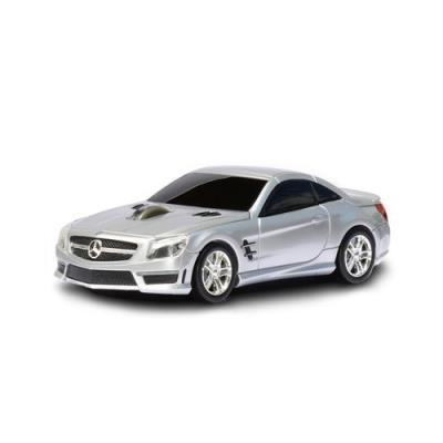 Si vous ne pouvez pas l´avoir dans votre garage, vous pouvez au moins la tenir dans la main ! Le superbe coupé SL63 AMG de Mercedes, un des véhicules les plus puissants de la marque allemande, arrive en version souris sans fil grâce à Landmice. Avec sa co