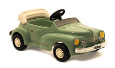 voiture p dales renault 4cv en occasion ou neuf achat vente jeux jouets avec la fnac. Black Bedroom Furniture Sets. Home Design Ideas