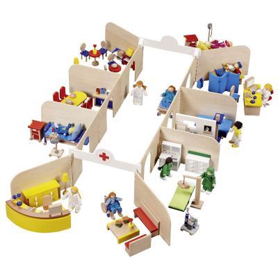 Hôpital pour poupées avec mobilier et 11 poupées pour 194€