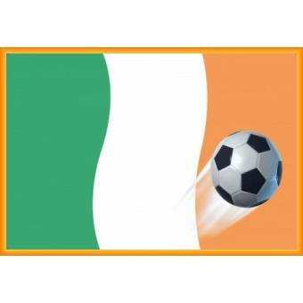 poster encadr football drapeau de l 39 irlande 61x91 cm cadre plastique orange top prix fnac. Black Bedroom Furniture Sets. Home Design Ideas