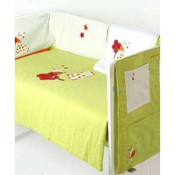 naf naf 30342 set couette tour de lit vide poches couverture jungle 4 pi ces. Black Bedroom Furniture Sets. Home Design Ideas