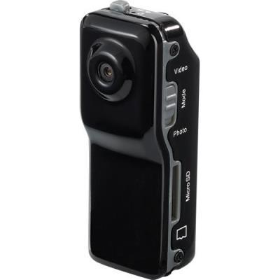 Voici le petit Poucet des caméras HD : toujours là et prête à l´emploi ! Pour des enregistrements spontanés et de haute qualité ! Mettez-en plein la vue à votre famille et vos amis et regardez vos enregistrements sur grand écran LCD ou avec un vidéoprojec
