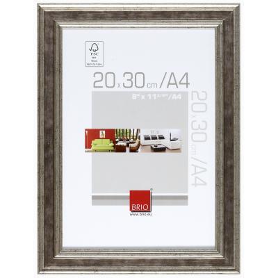 Un grand classique : Exposez vos photos préférées dans ces jolis cadres rustiques, usés façon vieux bois. Déclinés dans :un coloris argent aux doux reflets, ce cadre à poser (jusqu´au 20x30 cm / A4 avec cravate réglable) :ou à accrocher vous aidera à comp