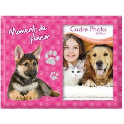 Cadre photo Chien - Moment de plaisir Matière : verre Dimension : 22 x 17,5 cm pour des photos 10 x 15 cm Emballage soigné