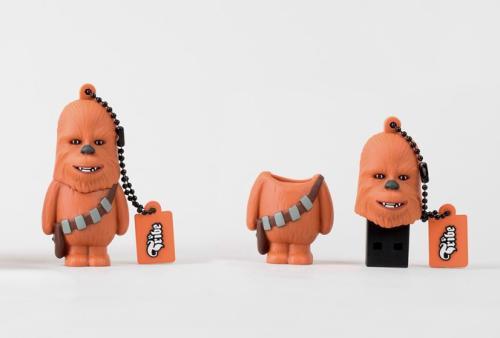Fnac.com : Star Wars Clé USB - 8 Go - Chewbacca - Clé USB. Remise permanente de 5% pour les adhérents. Commandez vos produits high-tech au meilleur prix en ligne et retirez-les en magasin.