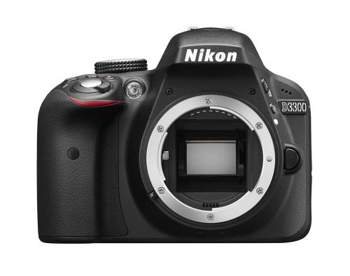 Monture Nikon F (avec contacts AF) ; Capteur CMOS 23,5 x 15,6 mm ; 24,78 millions pixels