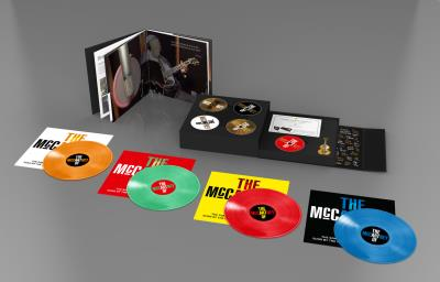 The art of McCartney Coffret Deluxe 4LP + 3CD + 1 DVD + Clé USB