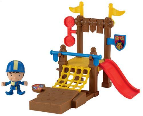 Mike apprend à devenir le meilleur chevalier de Valdragon avec son site d´entrainement. Place Mike sur le tremplin, fais basculer les boucliers, passe au-dessus de la barre d´entrainement, et plus encore ! Inclut la figurine de Mike dans ses vêtements d´e