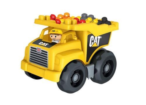 Un véritable Camion Benne de chantier CAT pour les petits ouvriers en herbe ! Ce camion comprend une benne à bascule, de grosses roues, des briques et une figurine pour d´innombrables possibilités de jeu et des heures de constructions amusantes.