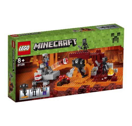A l´aide du canon à TNT à construire, la lutte contre le redoutable Wither et les squelettes Wither qui protègent la forteresse du Nether sera explosive ! Pour le plus grand plaisir des fans du jeu-vidéo, les aventures MinecraftT deviennent plus vraies qu