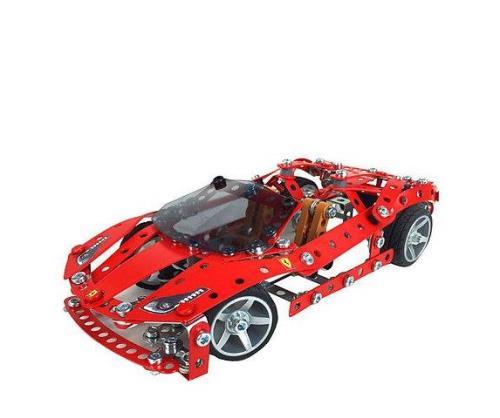 Tiens-toi prêt à entrer en piste à bord de cette superbe réplique de la Ferrari LaFerrari ! C´est à toi de jouer ! Véritables portes papillon et suspension à ressort. Les pistons V12 bougent vraiment ! Des outils ergonomiques pour un confort de constructi
