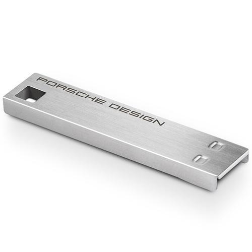 Conception fine en acier - Taux de transfert : jusqu´à 5 Gb/s (en USB 3.0) et 480 Mb/s (en USB 2.0) - Vitesse de transfert : jusqu´à 95 Mo/s - Compatible Windows 8/7/Vista/XP, Mac OS X 10.5 (Mac Intel uniquement pour le logiciel LaCie Private/Public)/10.6