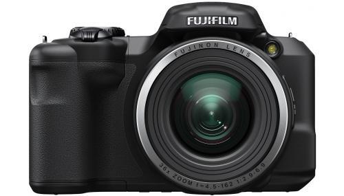 Capteur : CCD 16 Mpx, Vidéo : HD 720p, Ecran : LCD 7,5 cm 460 000 points