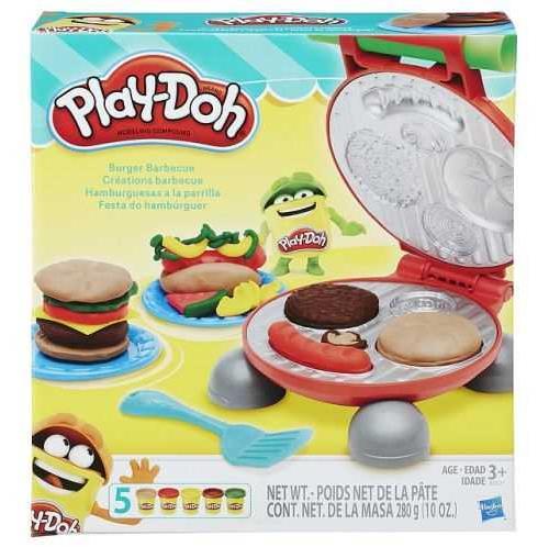Prépare-toi à t´amuser avec le barbecue Play-Doh ! Ce coffret va te mettre l´eau à la bouche ! Grâce au gril, les cuistots en herbe pourront réaliser leurs propres hamburgers, hotdogs, sandwiches et garnitures en pâte à modeler Play-Doh. Fabrique des rond