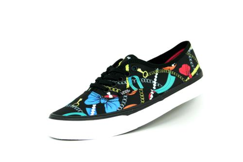 Vans authentic slim scarf noir mixte <strong>chaussures</strong>