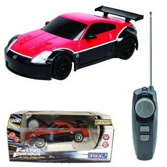 voiture radiocommand e nikko fast and furious 4 nissan 350 z 1 22 rouge voiture. Black Bedroom Furniture Sets. Home Design Ideas
