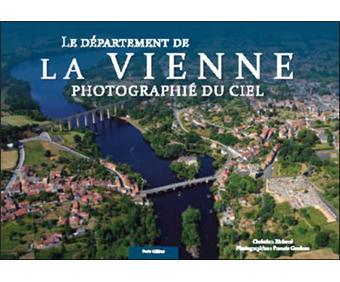Département de la Vienne photographié du ciel
