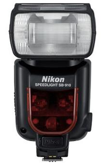 Comparer NIKON SB910 NOIR