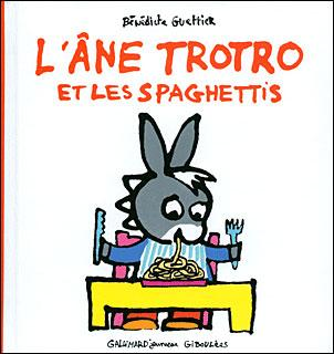 L 39 ne trotro l 39 ne trotro mange des spaghetti - Trotro fait de la musique ...
