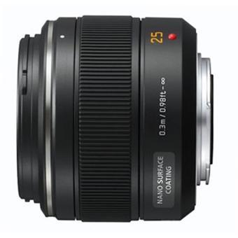 Objectif hybride Panasonic-Leica DG Summilux 25 mm f/1.4 ASPH.
