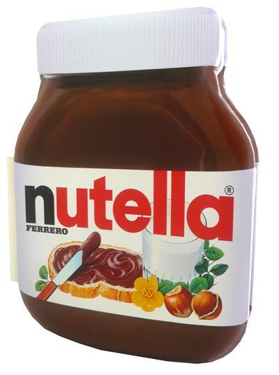Le grand livre forme Nutella