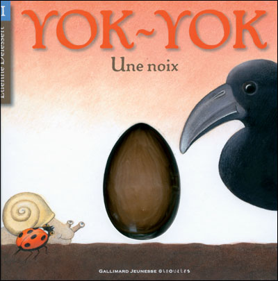Une noix - Gallimard jeunesse
