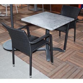 Salon Oglio Béton table pliante alu + 2 chaises résine ...