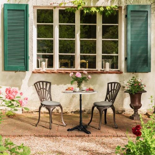 Klarstein Patras Table Ronde 60cm En Marbre Blanc Pour Jardin Balcon Terrasse Style Bistrot Art Nouveau Pied En Fonte