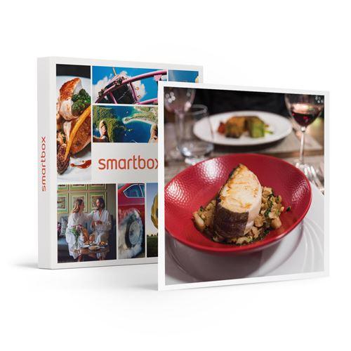 SMARTBOX - Menu gastronomique 3 plats boissons comprises à Paris pour 2 personnes - Coffret Cadeau