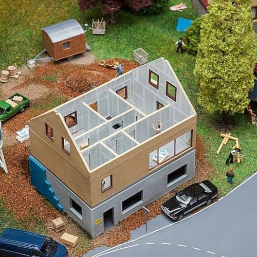 Modélisme HO : Maison en construction Faller