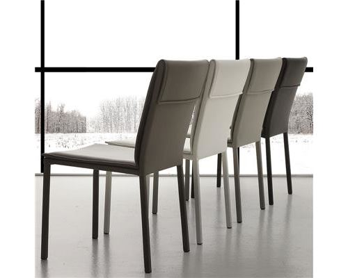 Chaise marron design EMILIE (lot de 4) - Marron