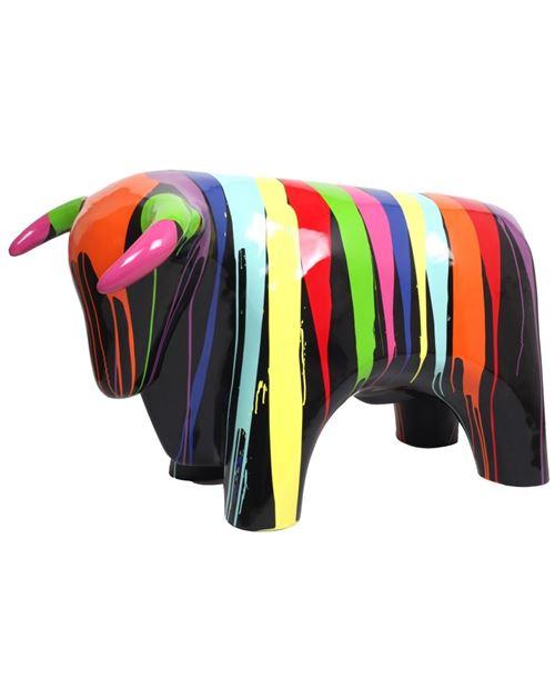 Statue taureau design multicolore (Michel) en résine fond noir - 110 cm