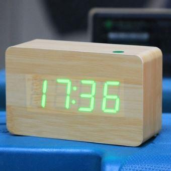 3bdfc33da6 Réveil digitale numéro vert usb / batterie horloge en bois avec commande  vocale alternativement afficher l'heure le mois et la date et la  température ...
