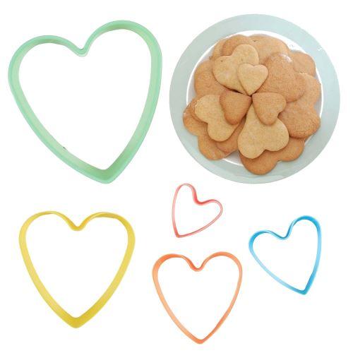 Set de 5 emporte pièces coeur gateau cookies patisserie forme plastique
