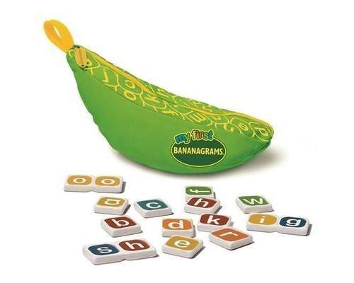 My First Bananagrams utilise des lettres minuscules et des mosaïques combinées de lettres combinées pour aider à nourrir
