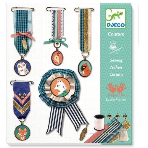 Kit créatif Djeco Couture Médailles