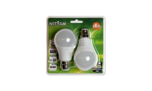 Ampoule éclairage NITYAM STAND D B22 8W X2