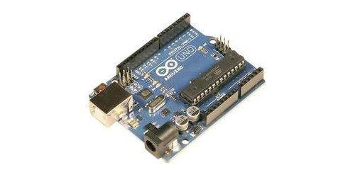 Arduino Uno Rev3 version DIP Alimentation par USB Broches E/S : 20 Fréquence d´horloge 16 MHz Arduino Uno est l´Arduino le plus connu et le plus courant. Un ATmega328 fait office de microcontrôleur. Le contrôleur dispose de 14 entrées et sorties numérique