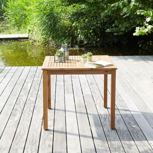 Table de jardin carrée en bois d\'acacia FSC - Mobilier de Jardin ...