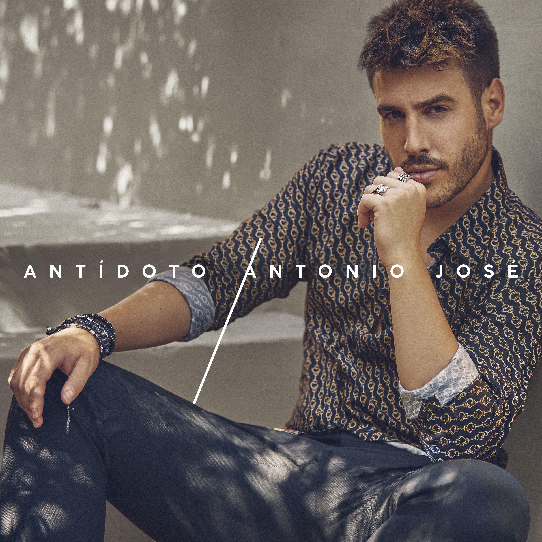 """Firma de discos Antonio José """"Antídoto"""""""