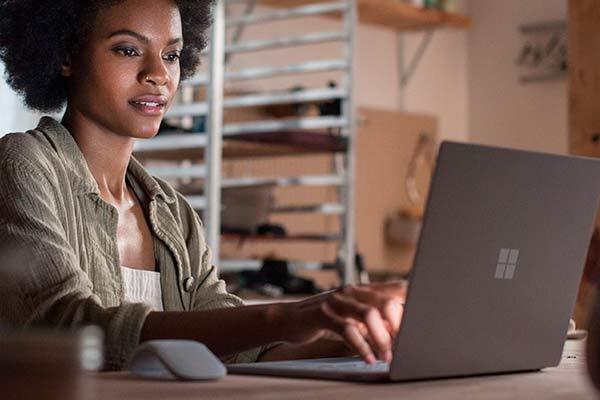 Surface laptop: La familia Microsoft crece
