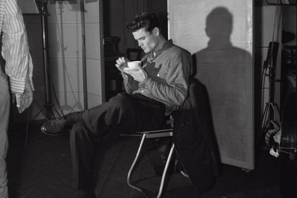 Si la música es buena, exposición de fotografías de Jean-Pierre Leloir.