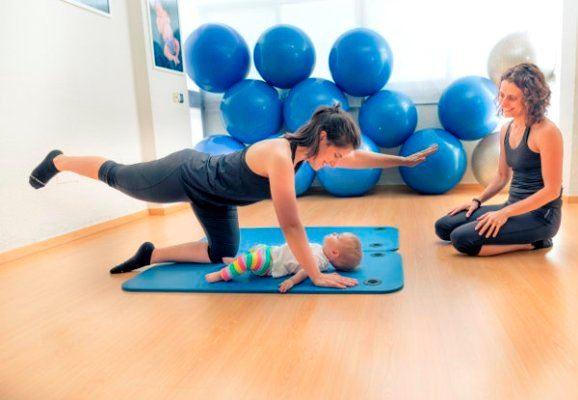 Taller de yoga pilates postparto con bebés