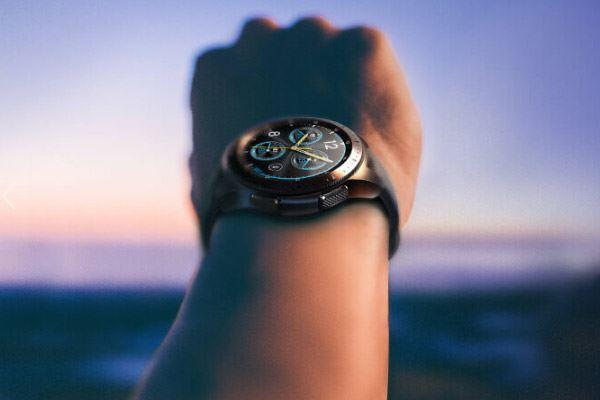 Samsung Galaxy Watch: El cuarto intento