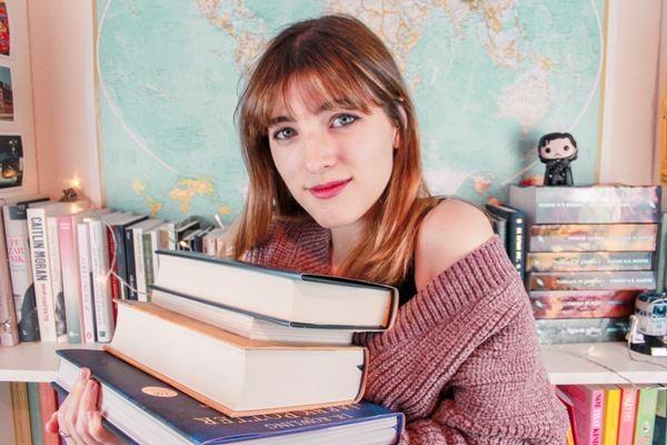 Raquel Bookish presenta su libro en Fnac Málaga